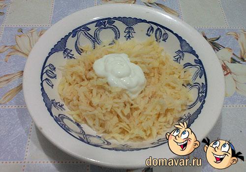 Фаршированный картофель с колбасой