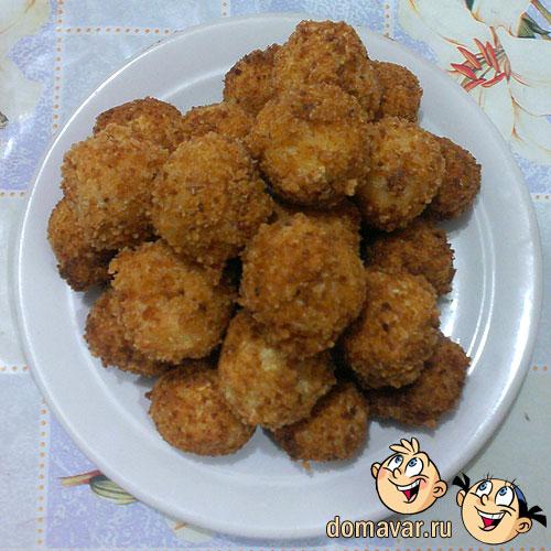 Картофельные крокеты с колбасой