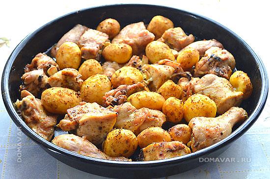 Курица запечённая с картофелем