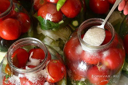 Консервирование помидоров с огурцами