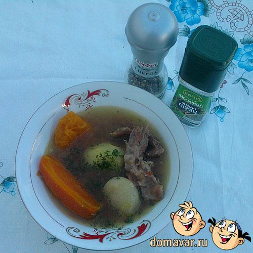 Легкий овощной суп с мясом