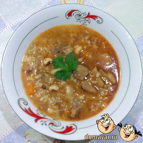 Вкусный мясной суп из риса, маша и фасоли