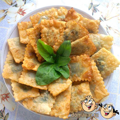 Самбуса - пирожки со шпинатом