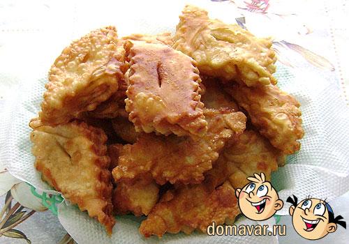 Катлама (Жареное слоёное тесто)