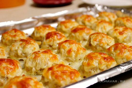 Запеченные куриные фрикадельки с сыром