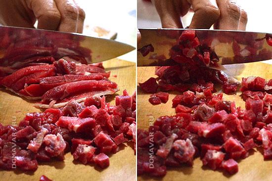 Как резать мясо для манты