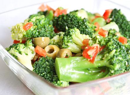 Салаты с капустой брокколи
